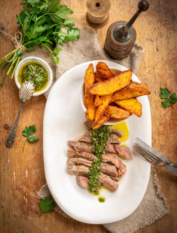 Steak mit Chimichurri vom Grill