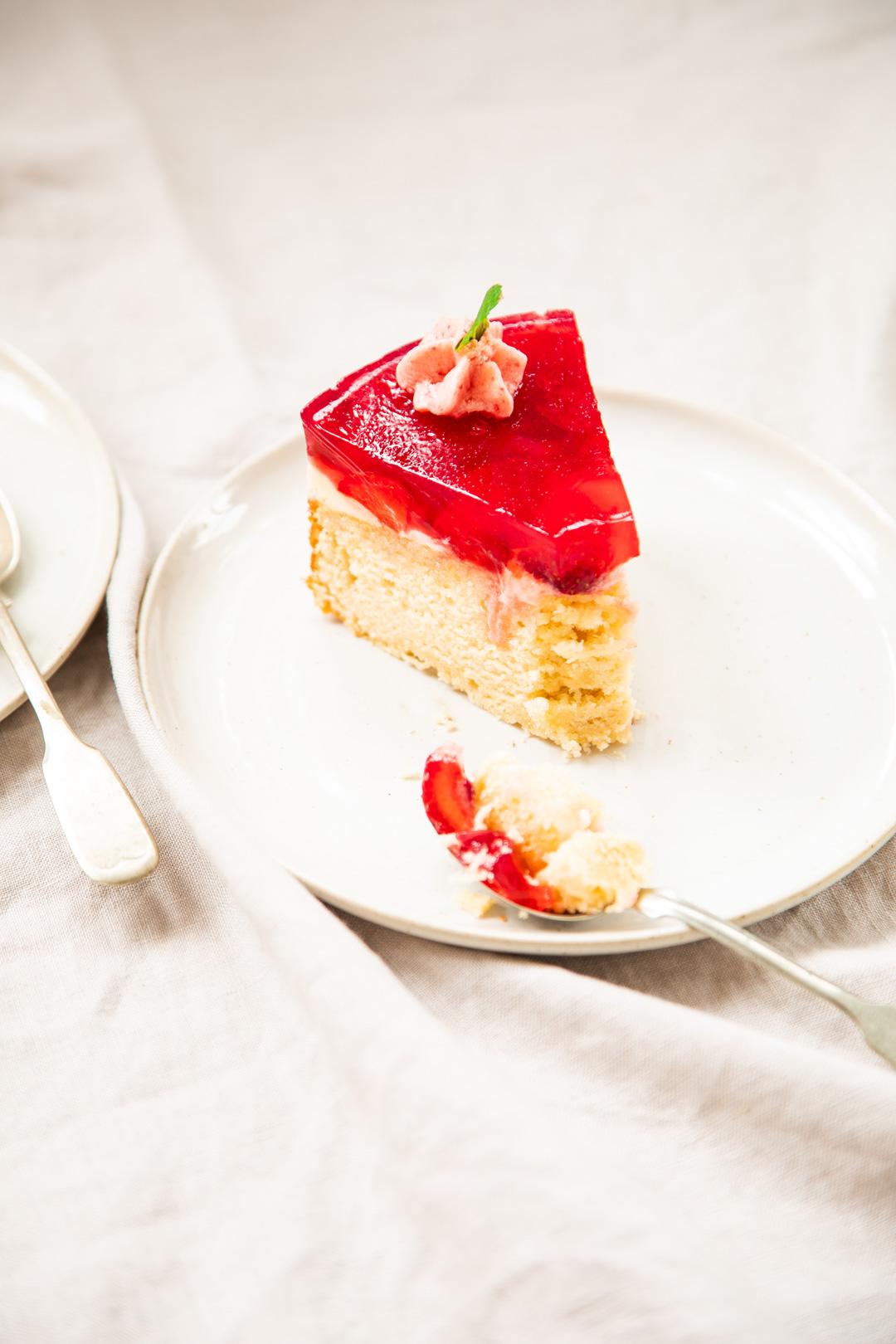 Rührkuchen-Erdbeeren