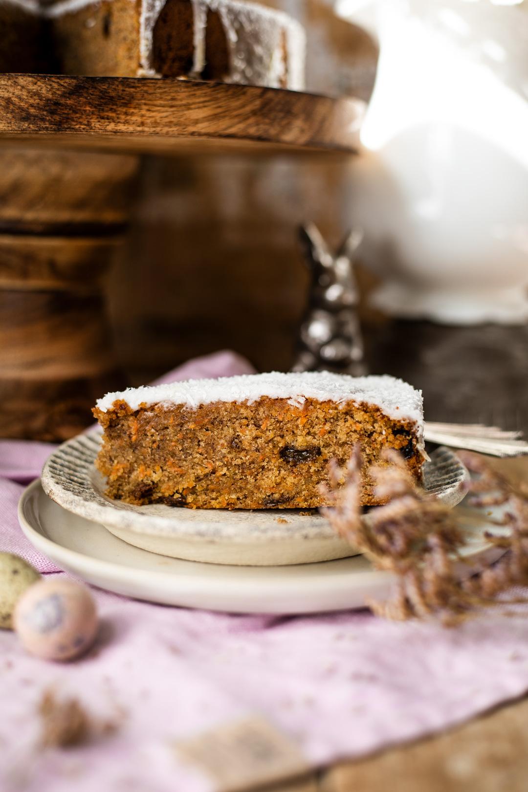 Karotten Kuchen mit Kokosmilchguss - Kochmädchen Foodblog