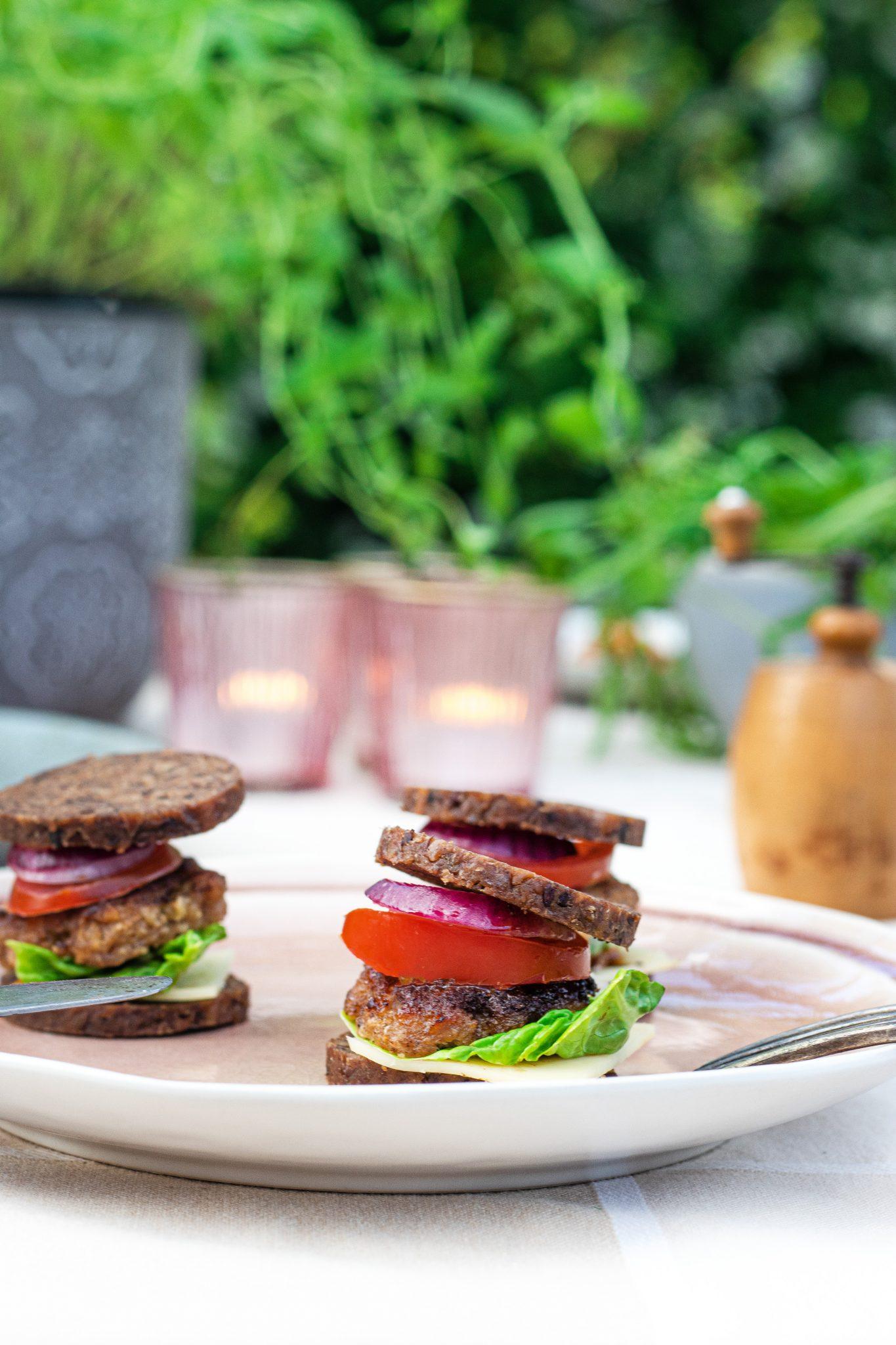 Mini-Burger, Snack-Rezepte mit Mestemacher Soft Vollkorn