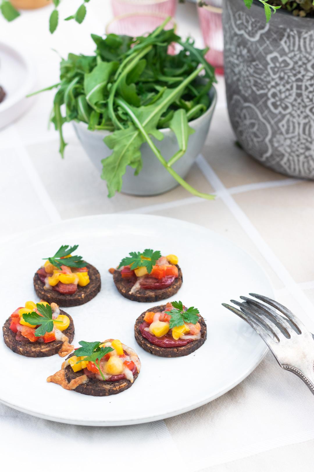 Mini-Pizza, Snack-Rezepte mit Mestemacher Soft Vollkorn