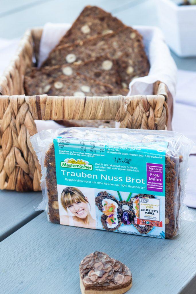 Trauben-Nuss-Brot-Mestemacher