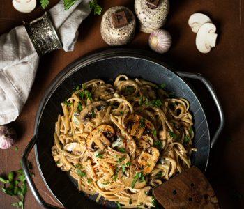 Dinkelmax Linguine mit Pilzen und Gorgonzola